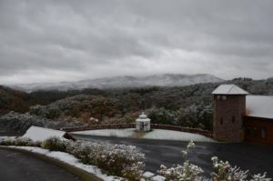 get married in the smokies at angels view wedding chapel